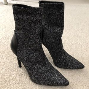 GUESS GWONEGIRL SOCK BOOTIES 6